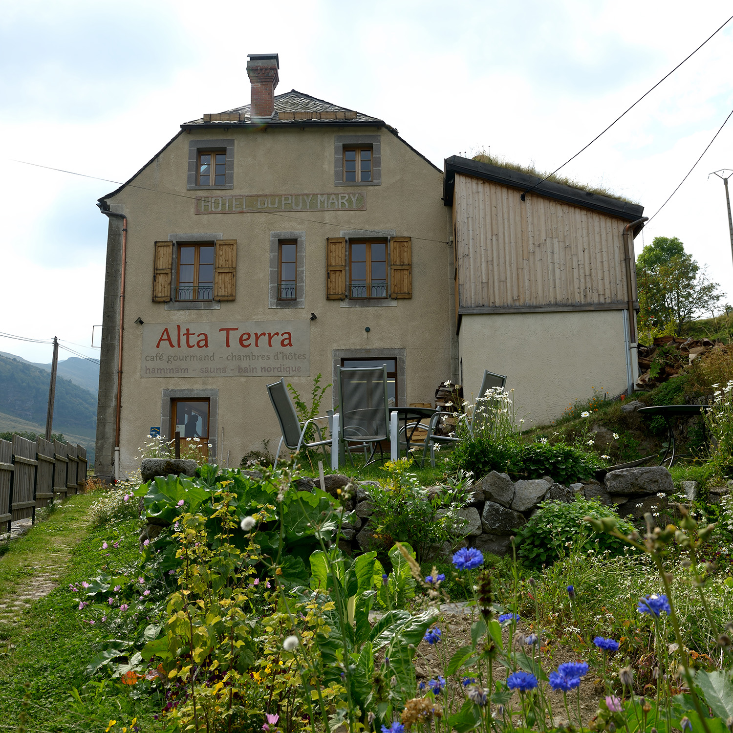 Welcome to Alta Terra, a Café and Bed & Breakfast in Auvergne. Photo ©Pierrick Bourgault