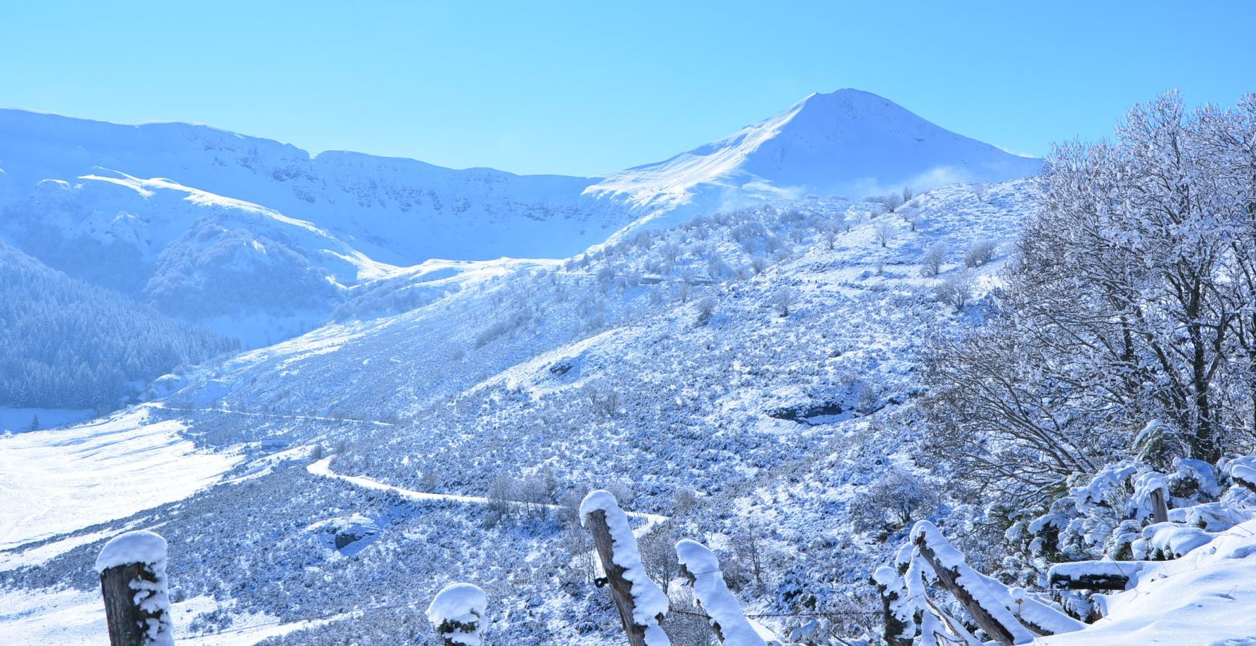 Le Puy Mary, une partie de l'ancien volcan du Cantal. Photo ©Alta Terra